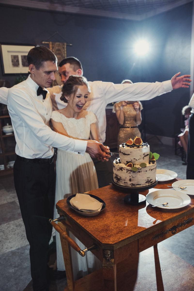 невеста, свадьба, питер, санкт-петербург, бип, замок, жених, смокинг, платье, счастье, любовь, фотограф, фотограф на свадьбу, свадебный, pentax, pentax k-1, торт,