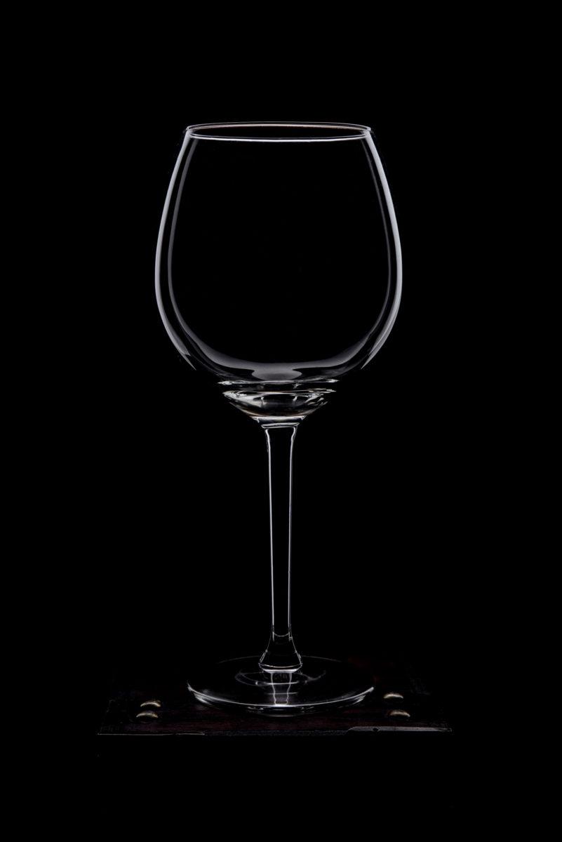 бокал, вино, предметная съёмка, черный фон, реклама,